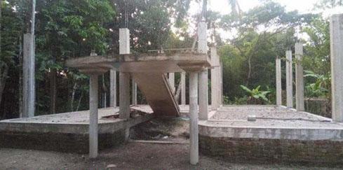 বরিশালে বহুতল ভবনের মালিক বরাদ্দ পেলেন প্রধানমন্ত্রীর দেয়া হতদরিদ্রের ঘর
