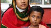 সৌদিতে স্বামীর ২০ বছরের কারাদণ্ড ॥  দ্বারে দ্বারে ঘুরছেন মেহেন্দিগঞ্জের রাবেয়া